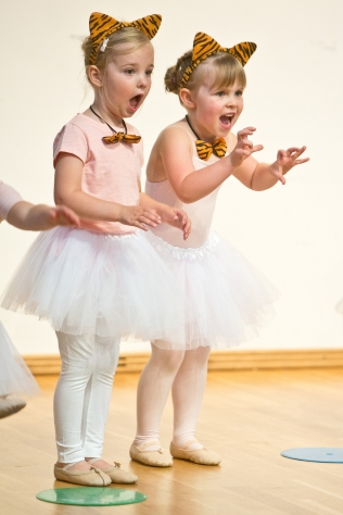 Stage 3 Ballet: Rising 5's